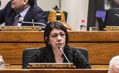"""HOY / Diputada defiende a colega agredida: """"Reivindico a las feas y a las morenas"""""""