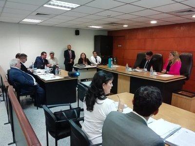Juicio a Camilo Soares se suspende porque juez tiene dengue