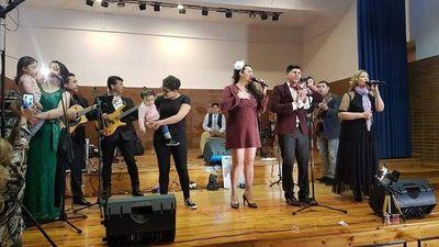 Dúo paraguayo lanza disco en España
