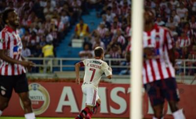 HOY / Flamengo arranca la defensa del título con un triunfo en Barranquilla