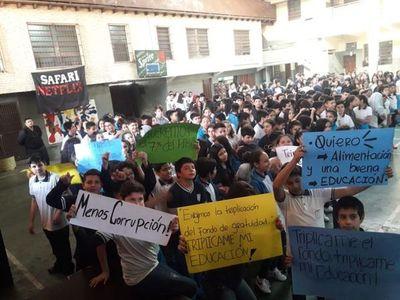 FENAES se moviliza hoy exigiendo de nuevo renuncia de Eduardo Petta