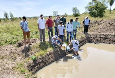 Impulsan proyecto de producción piscícola en comunidades de Cordillera