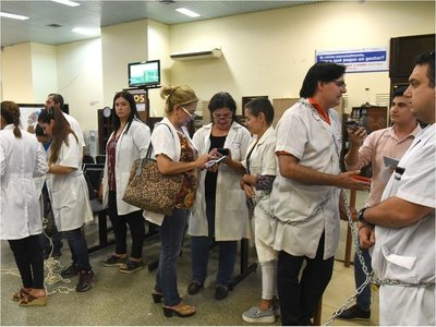 Médicos levantan protesta tras promesa de presentar reglamentación de jubilación médica