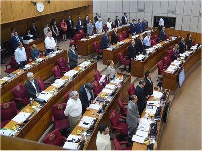 Antecedentes posibilitan el rechazo de la terna colorada para la Corte