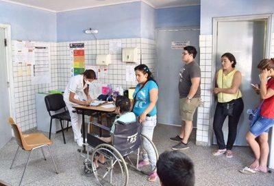 Salud registra descensos en las consultas por dengue