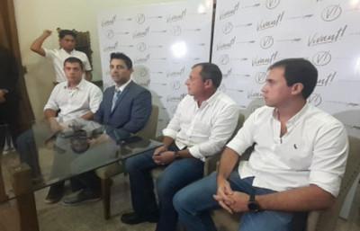 Representantes de casino negaron que hayan traído al país a Ronaldinho