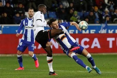Valencia empata ante Alavés