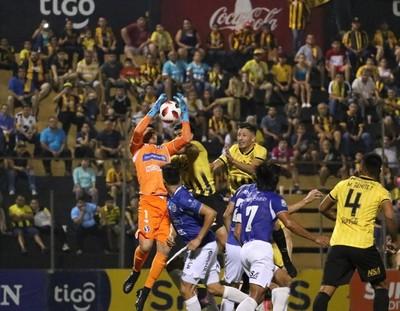 Guaraní y Sol de América empataron 1-1 en Dos Bocas