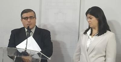 """Decreto elimina personería jurídica a la Fundación """"Fraternidad Angelical"""" de Dalia López"""