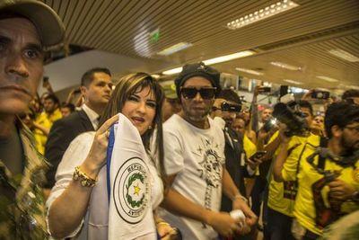 Abogado de Dalia López cae en contradicciones con respecto a Ronaldinho