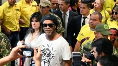 Caso Ronaldinho: Dinac recalca que control de documentación corresponde a Migraciones
