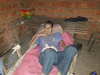 Sexagenario en estado de abandono pide ayuda para encontrar a sus familiares