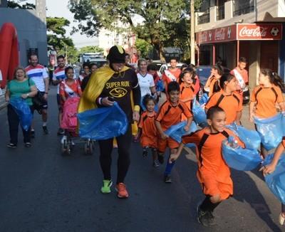 #AsunciónPlogging2020 culminó nueva jornada de deporte y limpieza en Sajonia