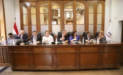 HOY / Sesión ordinaria con varios puntos en debate, habla presidente del JEM Enrique Bacchetta