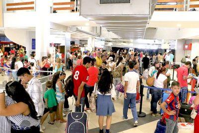 Tráfico de pasajeros bajó en febrero 30% por el COVID-19