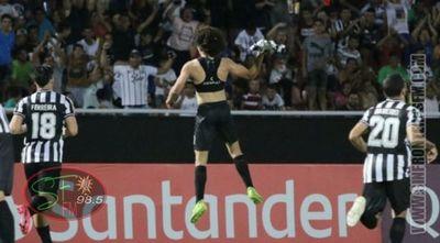 Libertad pone mano dura en la Libertadores y lidera