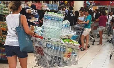 Coronavirus: La gente se volcó en masa a comprar provisiones •