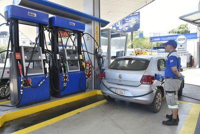 Coronavirus: gasolinera bajará precios de sus combustibles durante 15 días