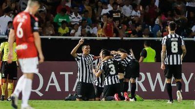 El Guma triunfa ante Caracas FC en la Nueva Olla y se posiciona en la cima del Grupo H