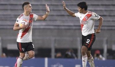 """""""Sicario"""" metió uno en goleada de River: 8-0"""