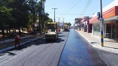 Continúan trabajos de recapado en Luque •