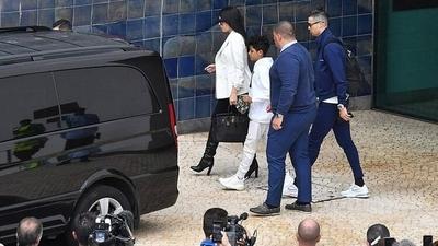 HOY / Cristiano Ronaldo se resguarda del coronavirus en su pueblo natal