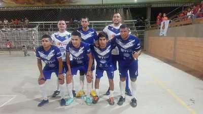 La V Azulada tumbó a uno de los favoritos y La Tuerca FC sorprendió a un anfitrión