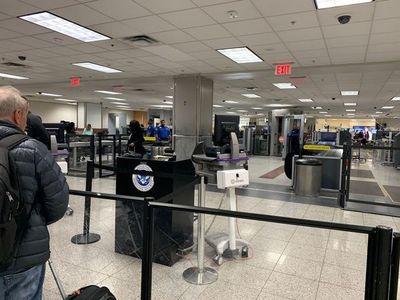 La UE deplora la prohibición unilateral de EEUU de viajar desde Europa