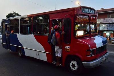 Coronavirus: Buses estuvieron abarrotados pese a disposición