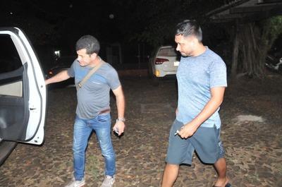 Secuestro y liberación de pasero desnuda tráfico de armas que involucra a marinos