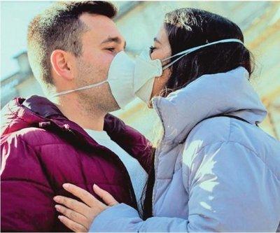 ¿Cómo es la intimidad en tiempos de coronavirus?