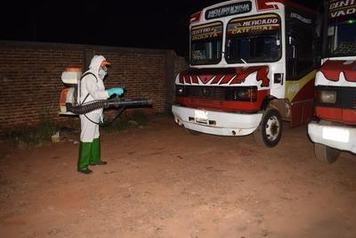 Comuna inicia desinfección de ómnibus del transporte publico