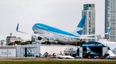 Argentina declara emergencia sanitaria y aplica restricciones aéreas
