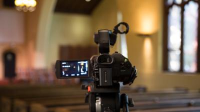 Por restricciones debido al coronavirus iglesias transmitirán sus servicios vía online