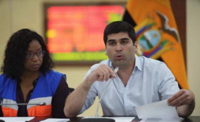 HOY / Ecuador cierra fronteras y restringe el ingreso de extranjeros por agua, aire y tierra