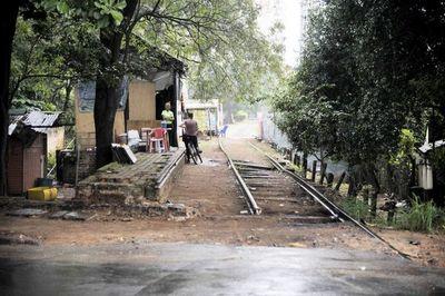 MOPC licitará obras del tren, vía APP