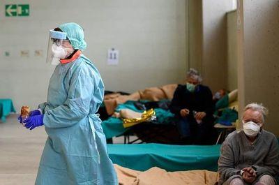 Por el colapso sanitario en Italia, proponen no dar prioridad a los pacientes mayores de 80 años con coronavirus