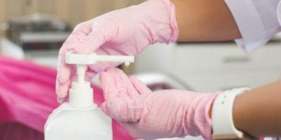 Francia: Luis Vuitton producirá gel desinfectante para manos y lo donará a los hospitales