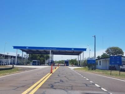 Cierre total del paso fronterizo entre Ayolas e Ituzaingó