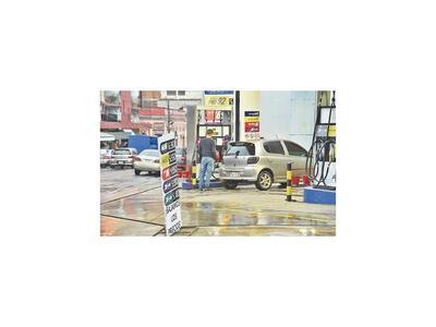Se reduce la venta de combustibles en las gasolineras