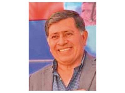 Armando Gómez  renuncia a la Intendencia de Lambaré