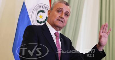 Villamayor vuelve de Buenos Aires y hace caso omiso a recomendación de aislamiento