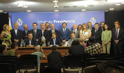 Uruguay cierra frontera con Argentina y confirma 29 casos de coronavirus