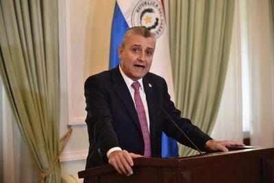 """ANR: Villamayor niega """"pacto de impunidad"""" entre Abdo y Cartes"""