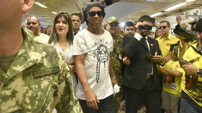 Ronaldinho: Hoy peritarán celulares, afirma fiscal Pecci