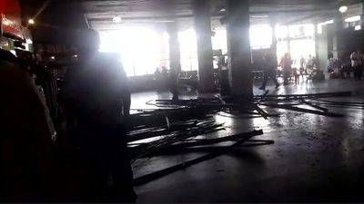 Cayó parte de cielorraso de la Terminal de Ómnibus de Asunción