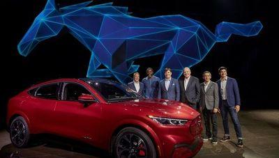 Ford ya tiene un 100% eléctrico y es una nueva versión del icónico Mustang