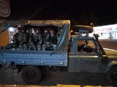 """Militares salen en las calles solo para """"concienciar"""""""