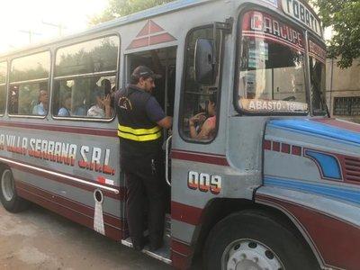 DINATRAN realiza controles de cantidad de pasajeros en buses