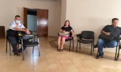 Hernandarias: cierran puertas a concejales que se presentaron para sesionar en la Junta